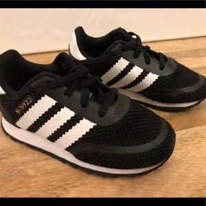 Adidas toddler boy shoes size 7k